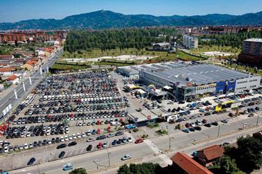 Sedi delle concessionarie Spazio a Torino, Asti, Moncalieri, Chivasso, Bra, Alba e Genova
